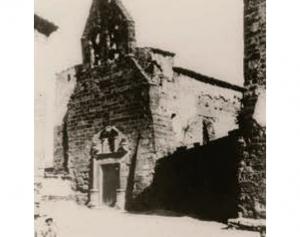l'església de Santa Maria abans i després de la seva destrucció a la Guerra Civil espanyola.