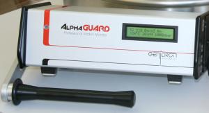 Monitor continu de control del radó